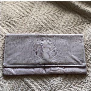 Etui London - soft lilac croc style clutch